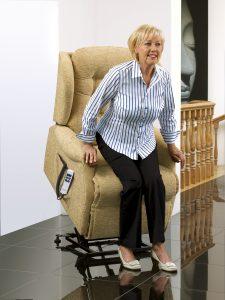 Lift & rise recliner Sherborne